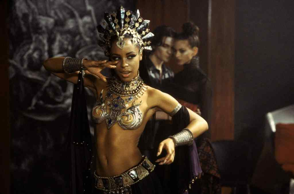 stunning late singer aaliyah who plays akasha in movie queen of the damned.