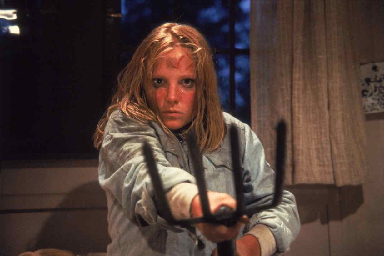 Ginny (Amy Steel) in Steve Miner's Friday the 13th Part II.