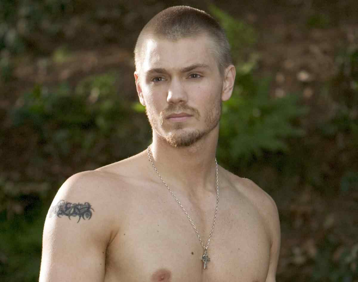 chad michael murray in Warner Bros. Pictures' horror film House of Wax.