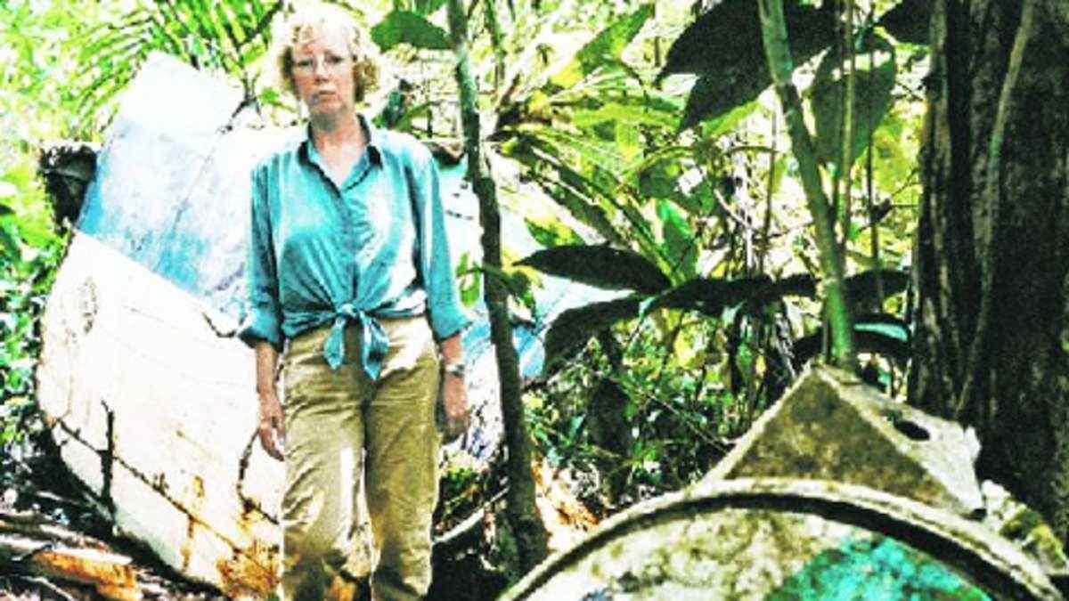 juliane diller lansa flight crashed into the peruvian rain forest.