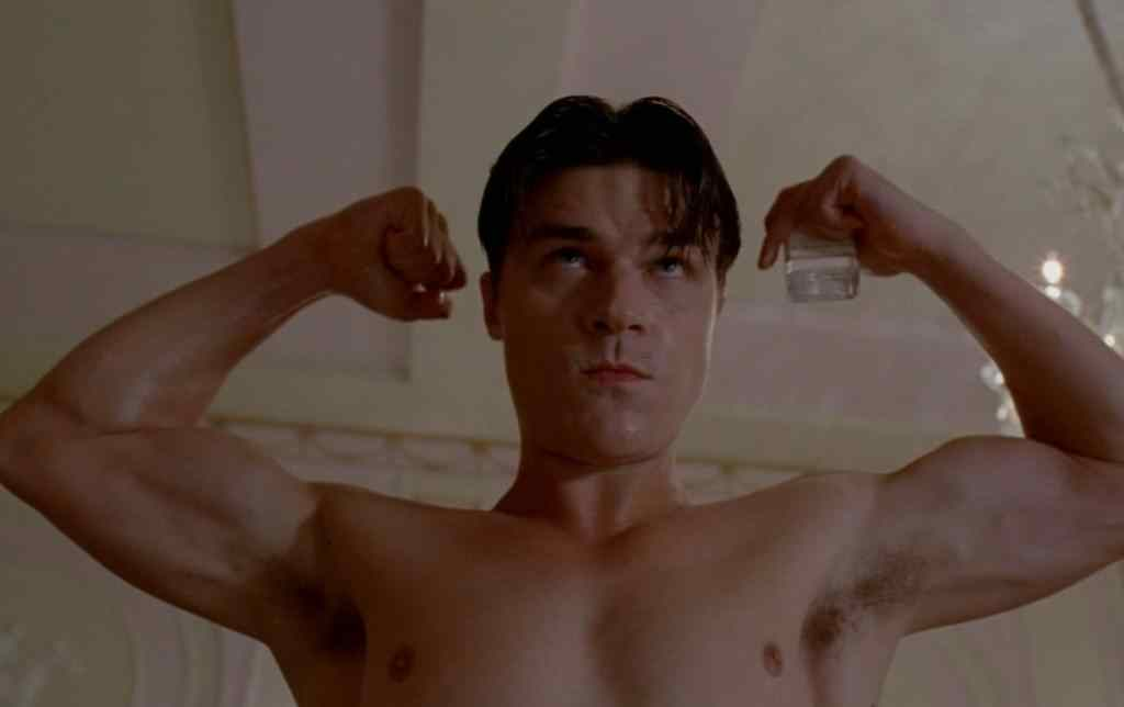 finn wittrock who plays dandy in the fourth american horror story addition, freak show.