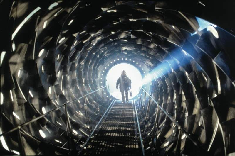 Event Horizon - an excellent example of 90s horror in the alien subgenre
