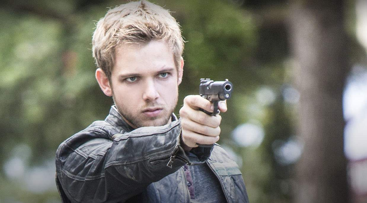 Max Thieriot as Dylan