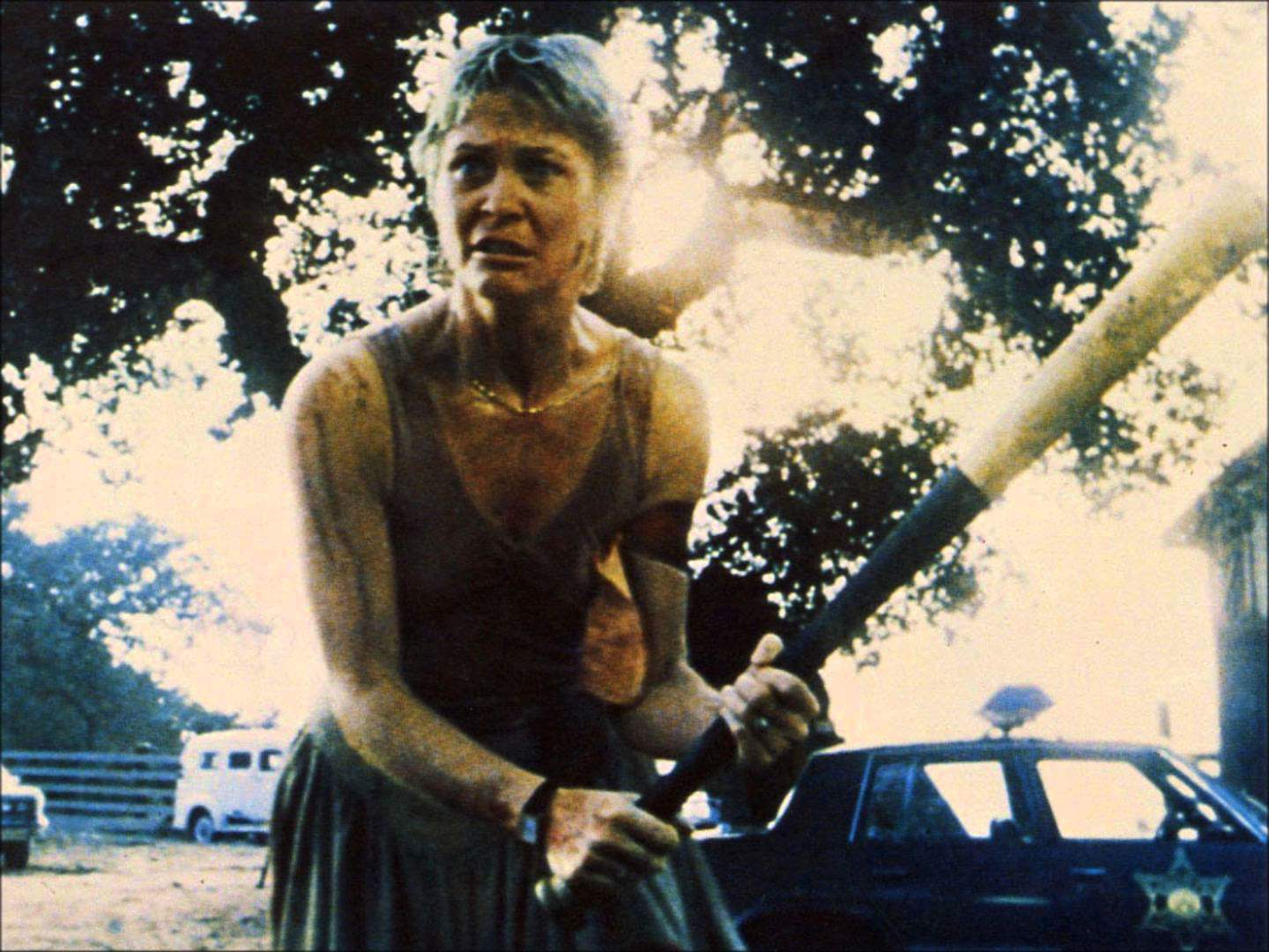 Dee-Wallace-Cujo-Bat-End