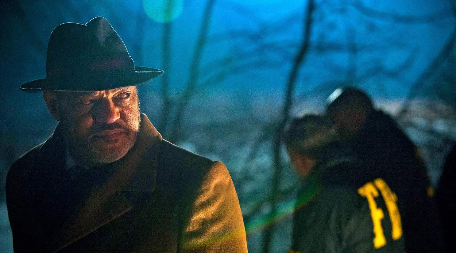 Jack Crawford arrives at Will's house to arrest Hannibal after he and Will have escaped Muskrat Farm.
