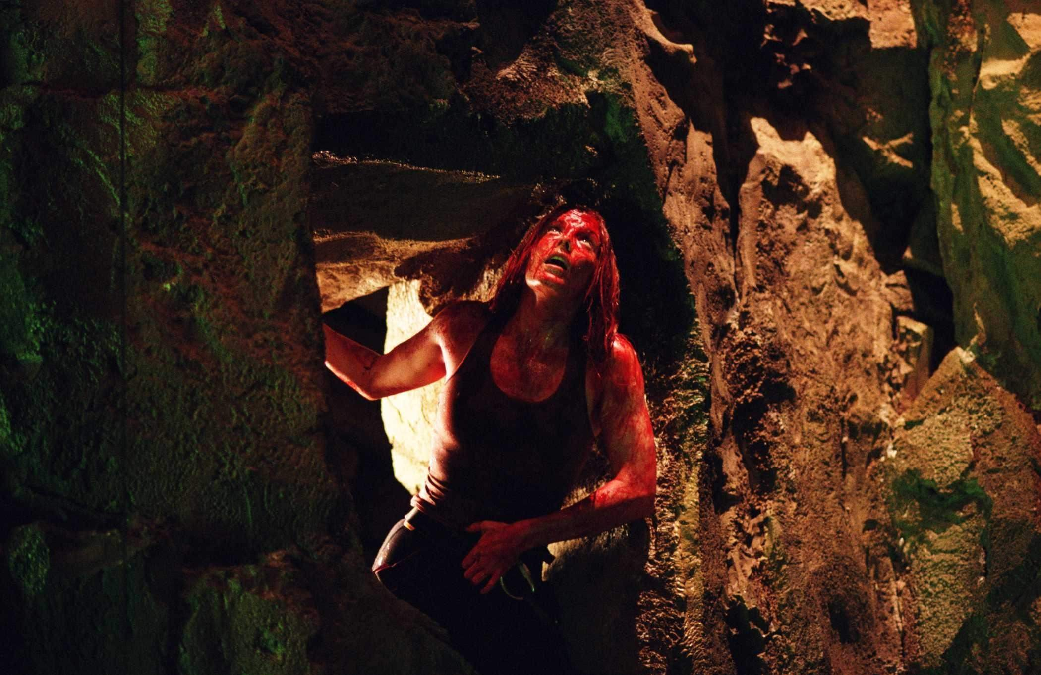 the-descent-cave-bloody