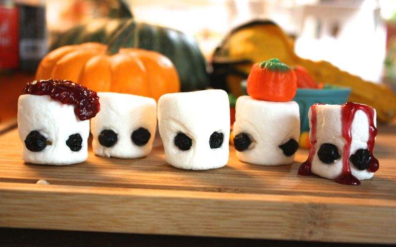 Marshmallow ghouls for the halloween holiday season. Easy to make at home.