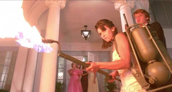 Jill Whitlow as Cynthia Cronenberg in night of the creeps