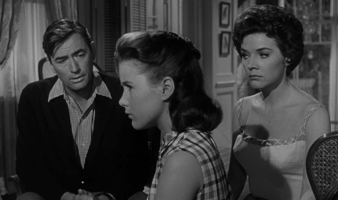 Gregory Peck, Lori Martin and Polly Bergen in 1962's Cape Fear.