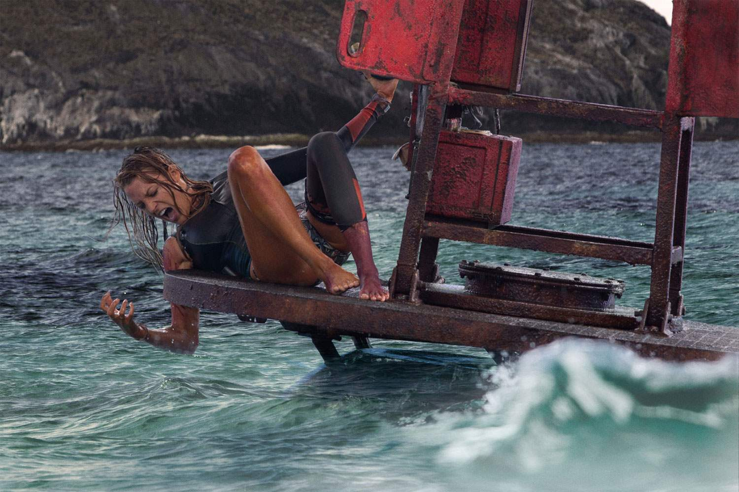 Blake Lively in The Shallows horror buoy