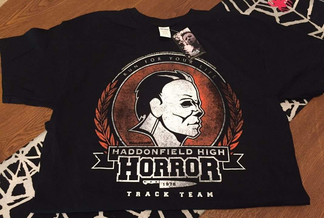 A Halloween-themed t-shirt in the October 2016 Horror Block
