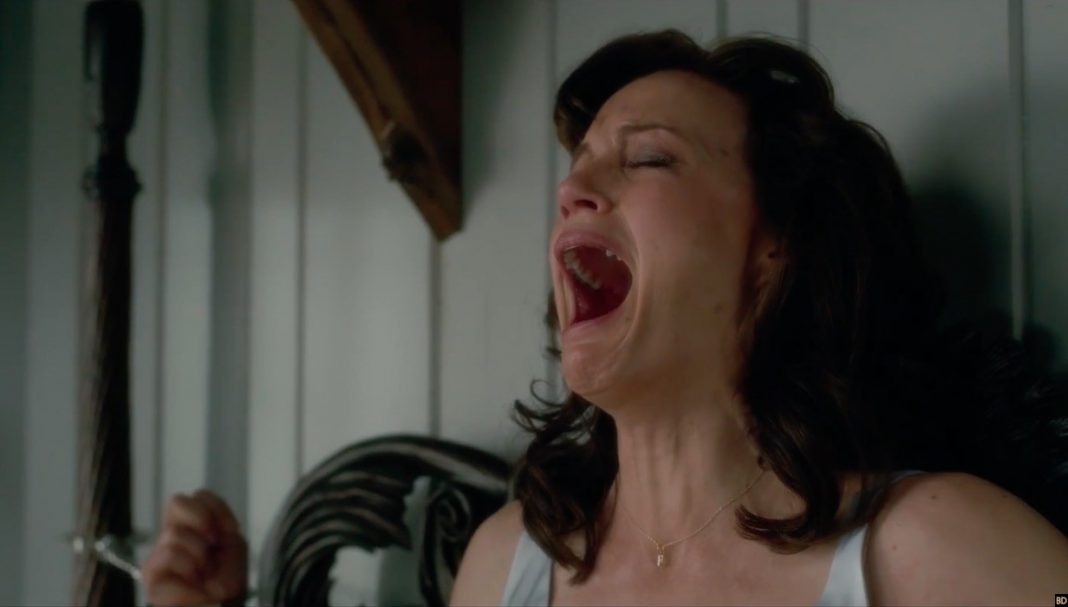 Jessie screaming in Gerald's Game