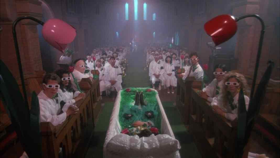 Heathers-3D-glasses-funeral