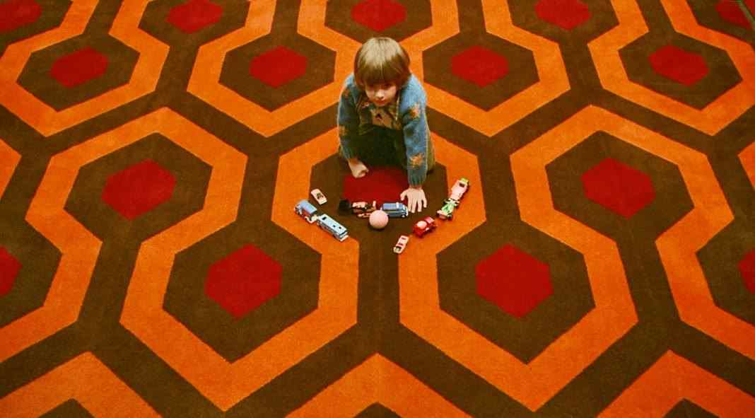 Room-237-Shining-Danny-Carpet