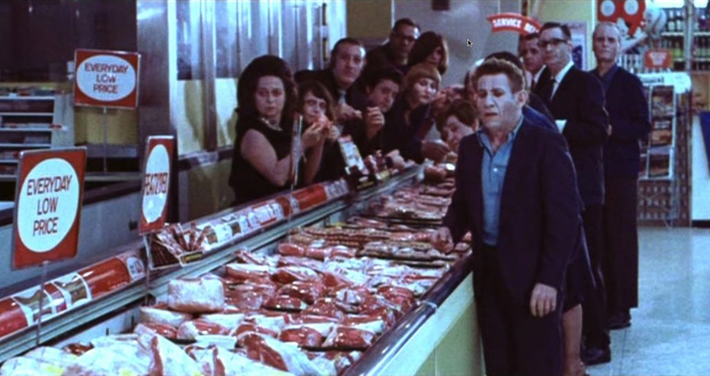Undead Gather in a super market in Messiah of Evil