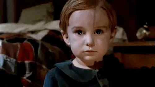 gage creed looking innocent before he died a horrific death and was buried in a demonic cemetery by his father.