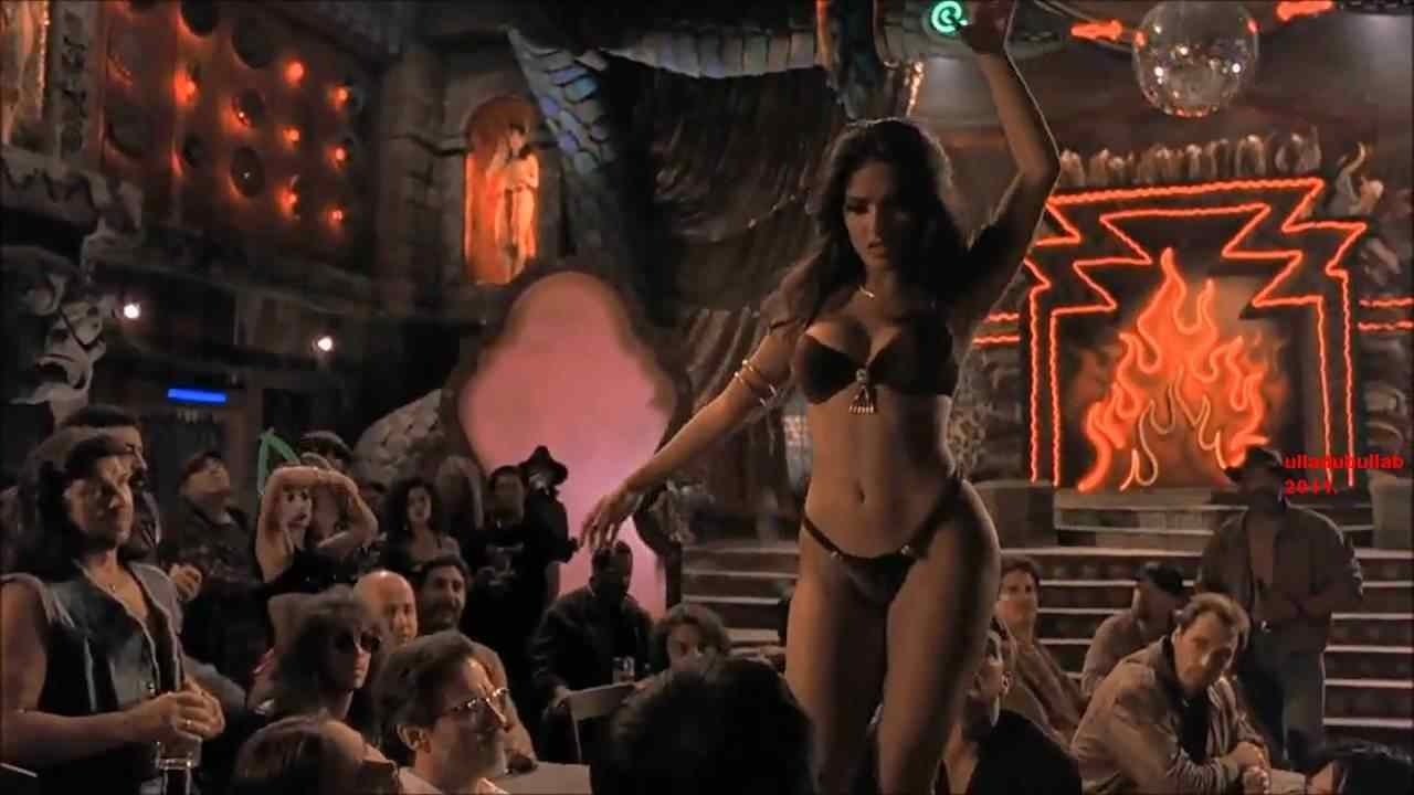 Salma Hayek and the popular and famous sexy snake dance in the movie From Dusk Till Dawn.