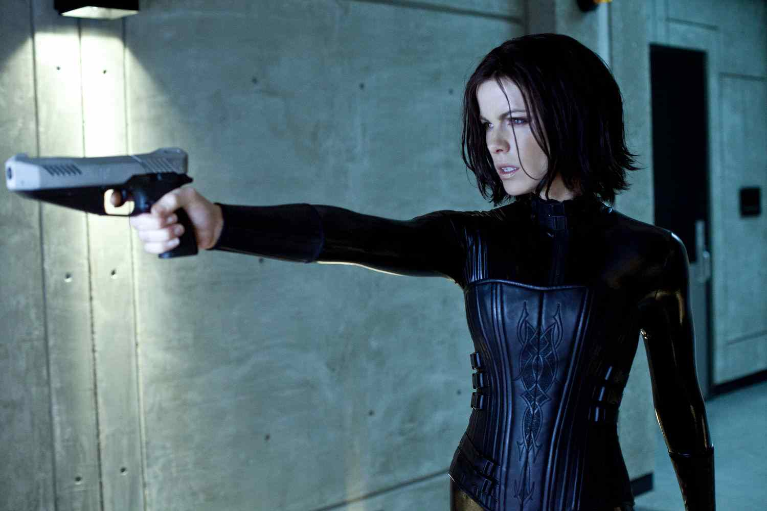 Kate Beckinsale who plays Selene in the underworld and movie series.