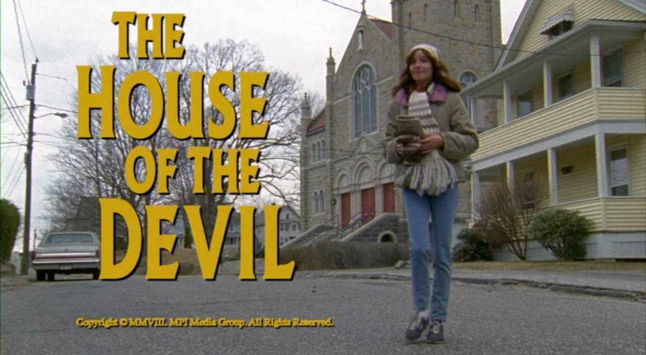 Samantha (Jocelin Donahue) at the title screen of the Ti West supernatural horror film The House of the Devil.