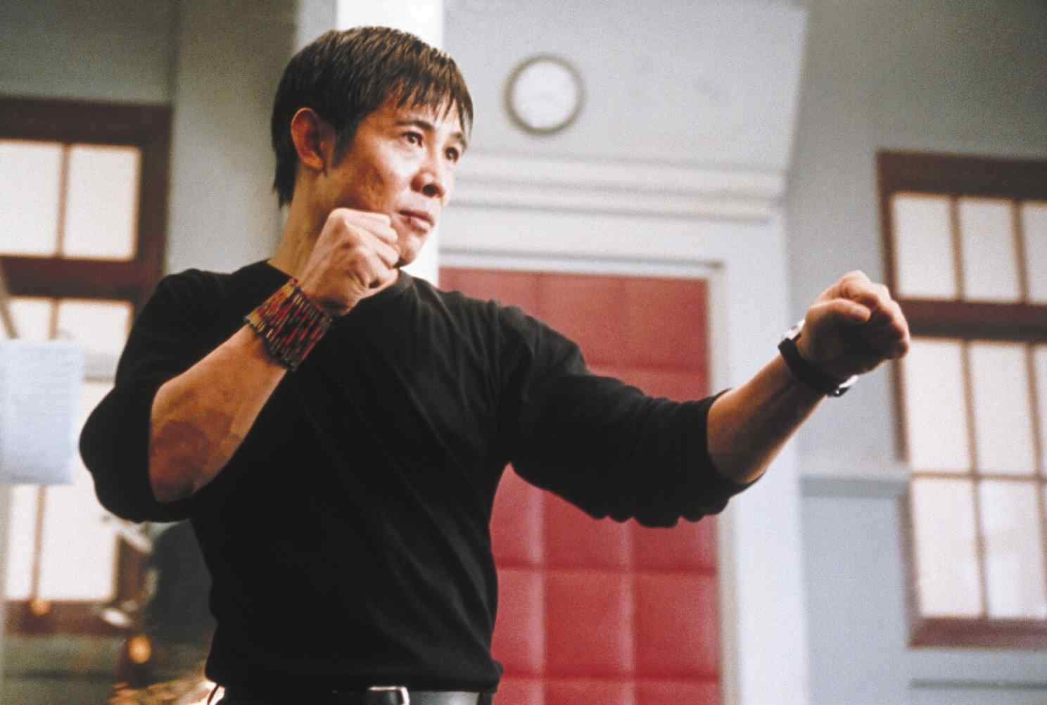 Liu Jian (Jet Li) in the middle of a fight scene in Chris Nahon's martial arts thriller Kiss of the Dragon.