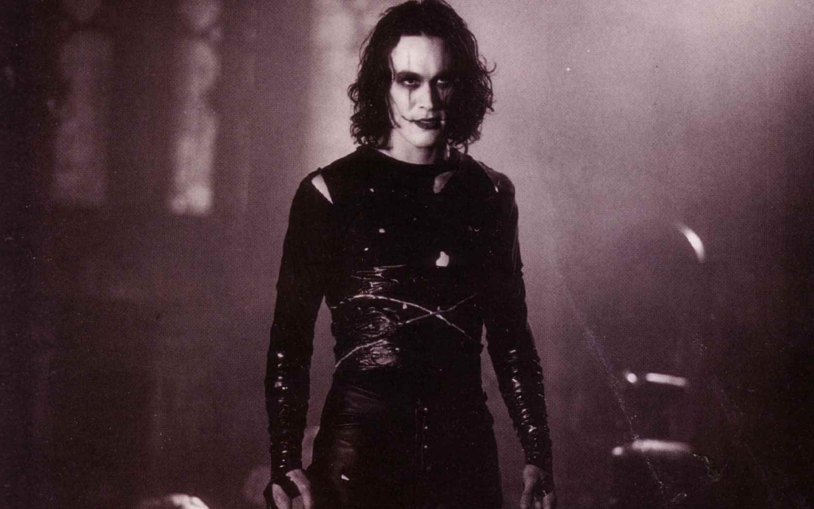 the late actor brandon lee in alex proyas the crow.