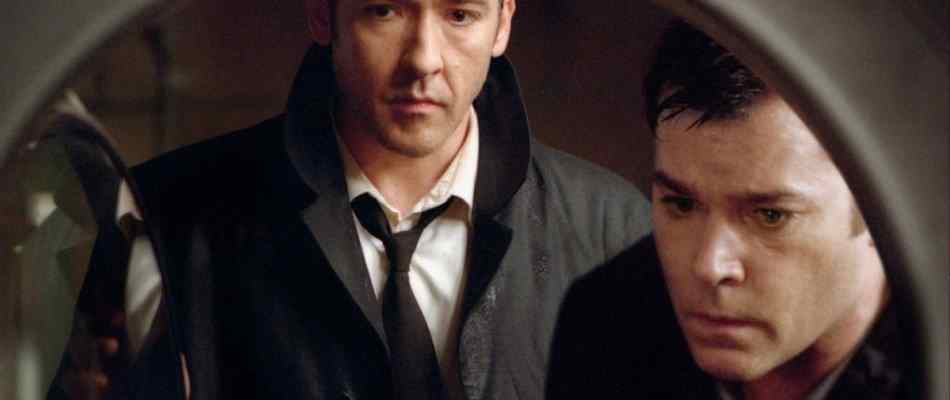 Ray Liotta and John Cusack in Identity