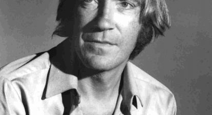 Character actor David Warner