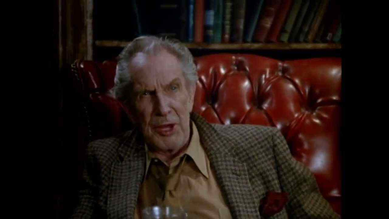 Vincent Price in From a Whisper to a Scream