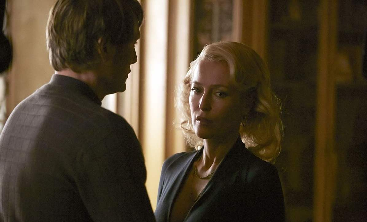 "Bedelia tells Hannibal in ""Dolce"" that she is finally leaving him."