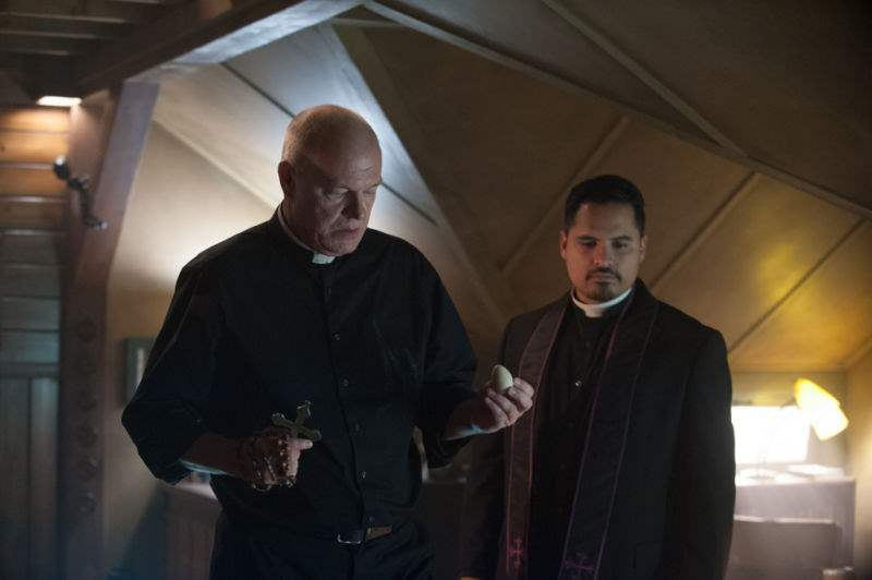 Michael Peña & Peter Andersson in The Vatican Tapes