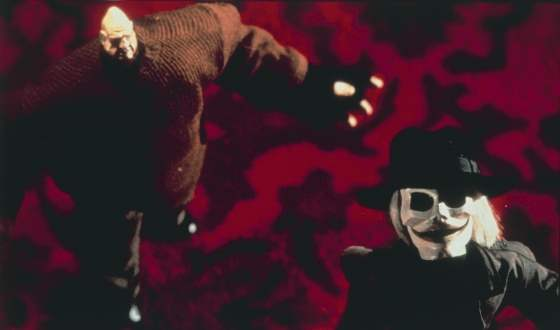 Blade and Pinhead in Puppet Master 5