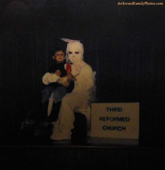 Super creepy easter bunny family photos.