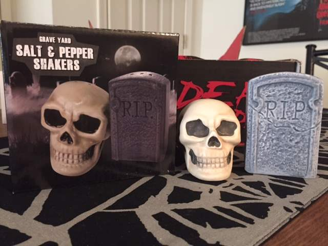 Skull and headstone salt and pepper shakers in the April 2016 Horror Block