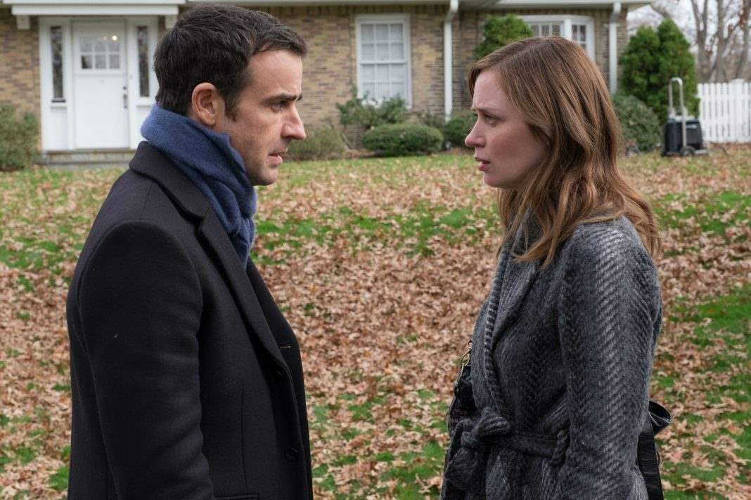 Justin Theroux and Emily Blunt in The Girl On The Train