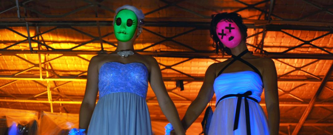 Brianna Hildebrand and Alexandra Shipp in Tragedy Girls