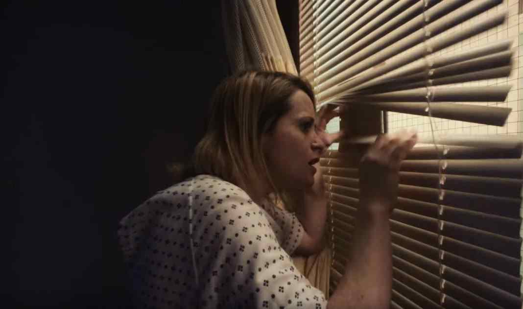 Claire Foy in Unsane blinds