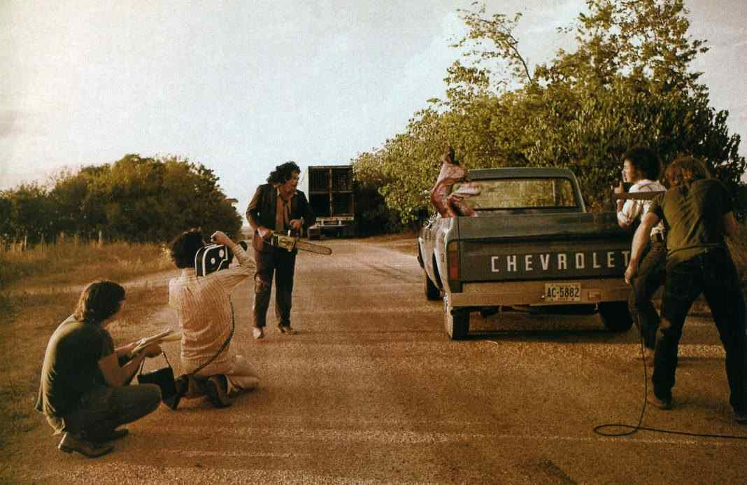Texas-Chainsaw-Filming-Shocking-Truth